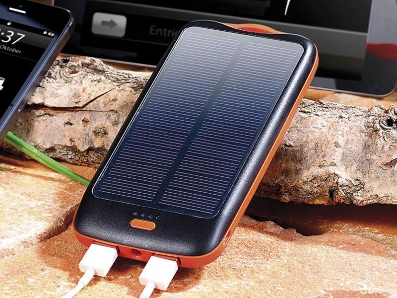 batterie de secours solaire 10000 mah avec 2 ports usb. Black Bedroom Furniture Sets. Home Design Ideas